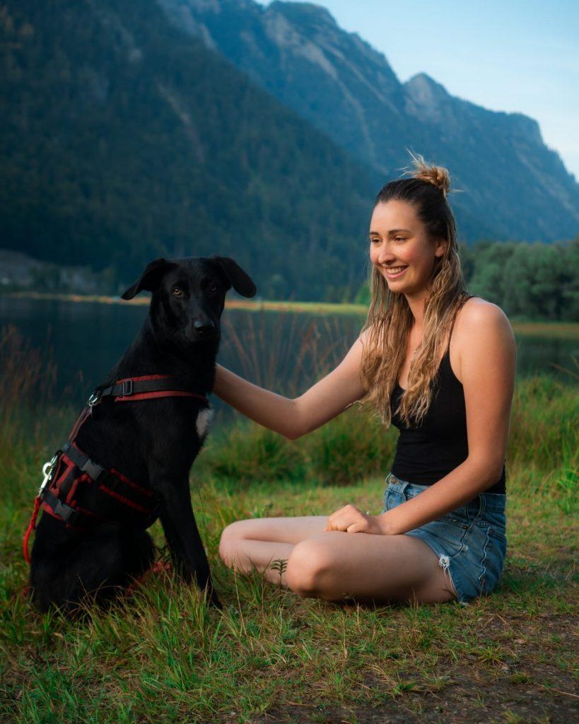 Mit dem Hund am Weitsee