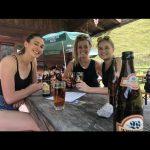 Mit Freunden eine schöne Wanderung zur Schwarzachenalm